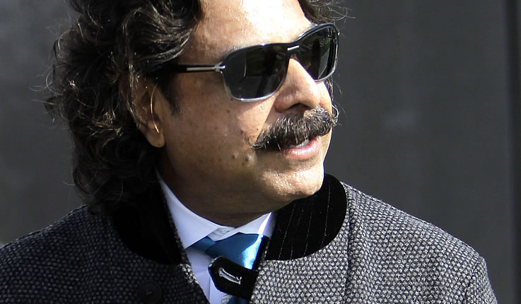 Mel Tucker Stays A Twitter Account For Shahid Khan And Other Jaguars Notes Eye Of The Storm
